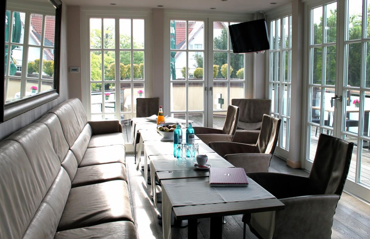 img 4477 bester friseur in d sseldorf oliver schmidt hairdesign. Black Bedroom Furniture Sets. Home Design Ideas